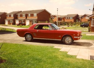 Kev Ollier's 66 Ford Mustang